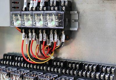 插入式继电器